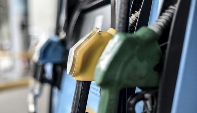 Benzin fiyatlarına zam geliyor!