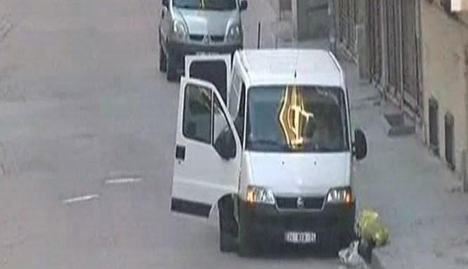 İstanbul'da şüpheli araçta bomba bulundu!