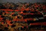 Arakan'da Müslümanlara ait 40 köy yakıldı!