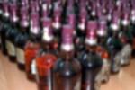 Lüks restoranda 200 şişe kaçak içki yakalandı!
