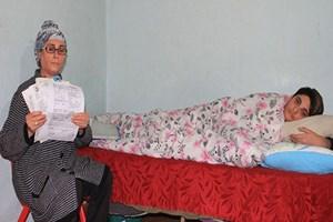 Cam hastası aile yardım eli bekliyor