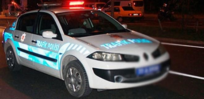 Yalova'da anne ile kızına minibüs çarptı