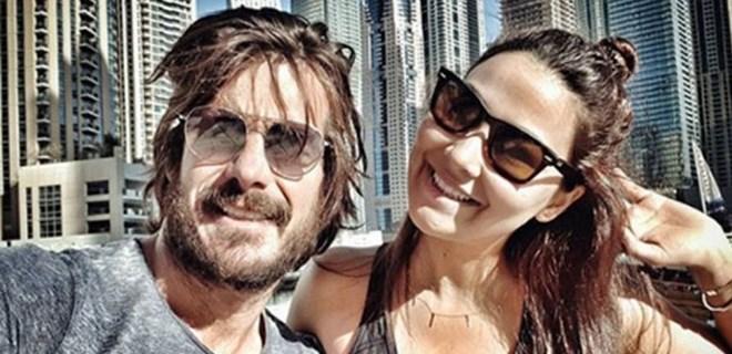 Hatipoğlu çiftinin Dubai tatili burunlarından geldi!