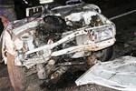 Diyarbakır'daki feci kazada otomobil ikiye ayrıldı!