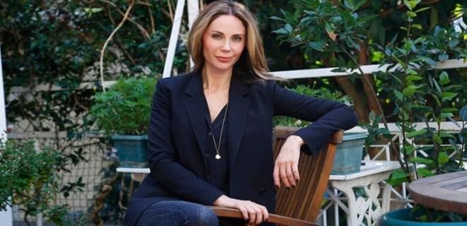 Demet Şener'in Angelina Jolie damarı!