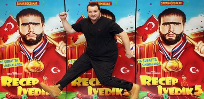 Şahan Gökbakar: