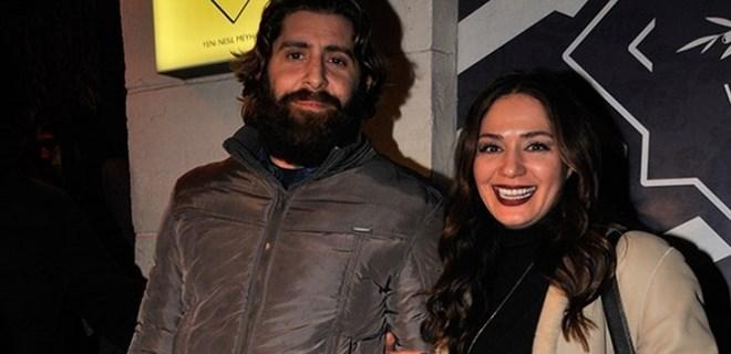 Özge Borak ve sevgilisi Beyoğlu'nda tacize uğradı!