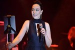 Ebru Gündeş 14 Şubat konserinde nazara geldi!