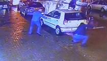 Cadde ortasında silahlı ve baltalı kavga
