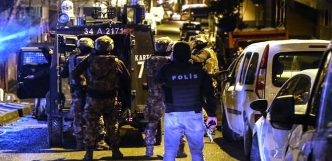 İstanbul'da 10 adrese eş zamanlı baskın