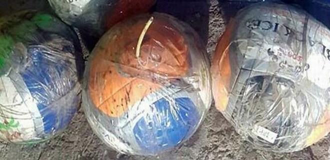 PKK'lı teröristler topların içerisine patlayıcı tuzaklamış