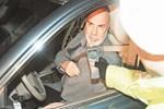 Altan Gördüm ehliyeti kıl payı kurtardı