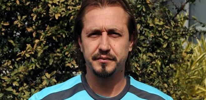 Ayhan Akman'dan futbolculara gönderme