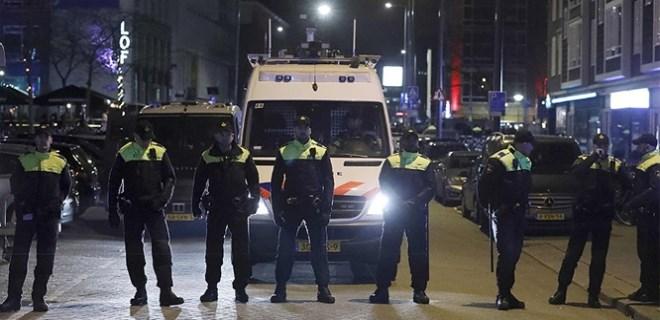 Hollanda, Türkiye'deki vatandaşlarını uyardı