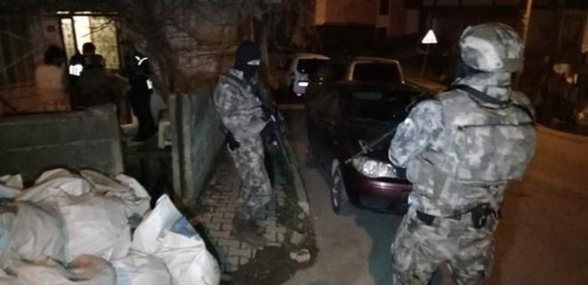 İstanbul'da şafak operasyonu!..