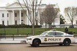 Beyaz Saray girişinde bomba alarmı!