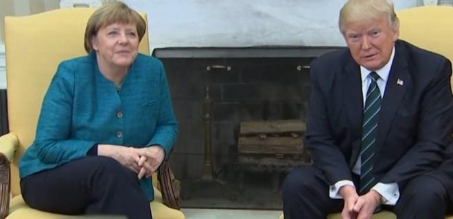 Angela Merkel'e Amerika'da soğuk duş!