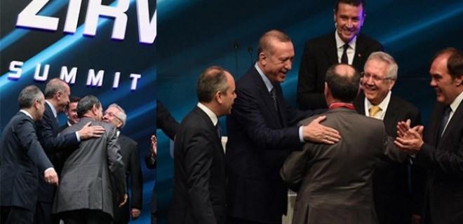 Aziz Yıldırım ve Dursun Özbek birbirine sarıldı!