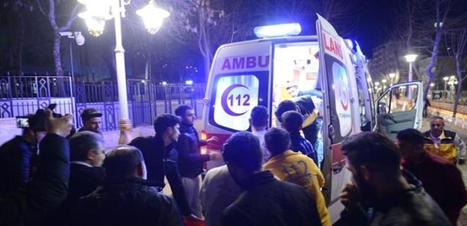 Malatya'da bir kafede silahlı çatışma!
