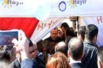 Cumhurbaşkanı Erdoğan'dan, 'Hayır' çadırına sürpriz ziyaret