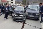 Milli Savunma Bakanı Fikri Işık'ın konvoyunda kaza!