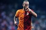 Sneijder ayrılık iddialarına cevap verdi!