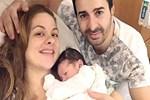 Seren Akıska, Amerika'da doğum yaptı
