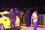 Sevgilisiyle kavga edip köprüden atladı!