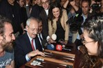 Kemal Kılıçdaroğlu'ndan evet çadırına iade-i ziyaret