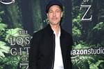 Brad Pitt ayrılık acısını atlatamadı