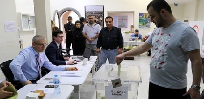 Suudi Arabistan'daki Türkler'den sandığa yoğun ilgi