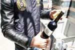 Şarap devine polis baskını!