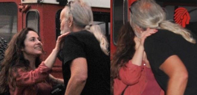 Nilüfer Açıkalın'a içten öpücük