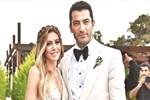 Kenan İmirzalıoğlu'ndan eşi Sinem'e 1. yıl jesti!