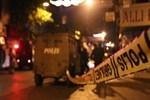 Beyoğlu'nda polis aracına ateş açıldı!