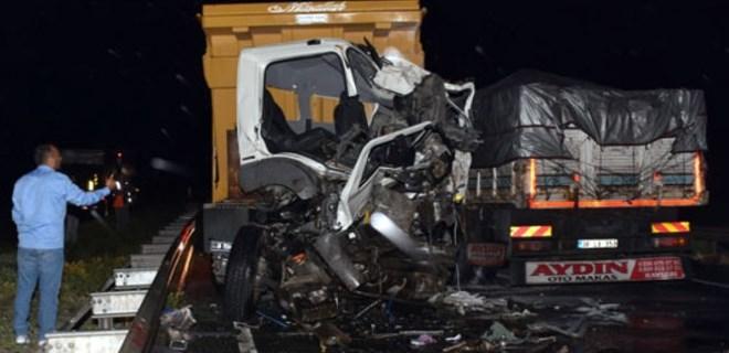 İki korkunç trafik kazası meydana geldi!