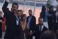 Kenan İmirzalıoğlu ile Sinem Kobal'ın neşeli gecesi