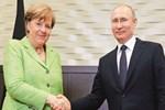 Putin, Merkel'i ağırladı