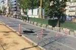 Beşiktaş'ta metro çalışmasında yol çöktü, trafik durdu