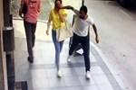 Genç kadının taktığı gözlüğü gasp edip kaçtı!