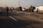 Diyarbakır'da polis aracıyla sivil araç çarpıştı