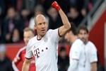 Aziz Yıldırım, Robben için devrede!