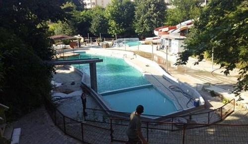 Yüzme havuzunda 5 kişi öldü!..