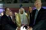 Trump, Katar'a ablukaya destek çıktı!