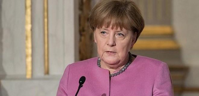 Angela Merkel'den flaş Türkiye açıklaması
