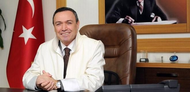 Eski rektör İsrafil Kurtcephe tutuklandı