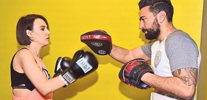 Fazla kilolarını 'kickboks' yaparak attı