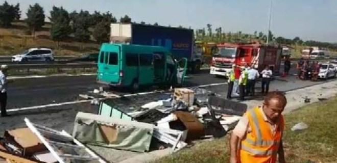 TEM'de feci bir kaza meydana geldi!