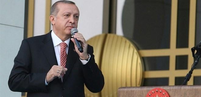 Erdoğan 15 Temmuz şehidinin ikizini yanına koruma olarak aldı