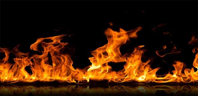 Biri bebek 3 kardeş yangında can verdi!